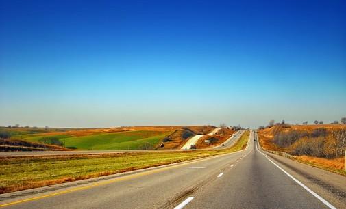 Pagamos por construir carreteras casi el doble que Alemania