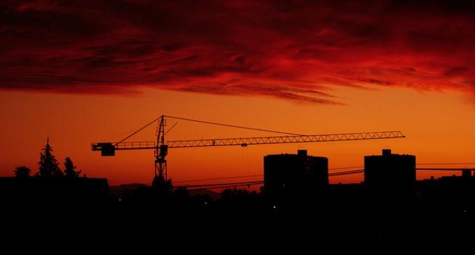 Caen las hipotecas sobre viviendas un 23,7% en Junio