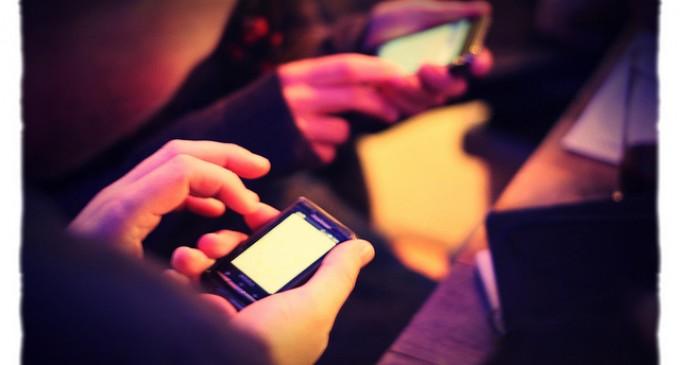 El consumo de Internet vía móvil en el sector inmobiliario comercial creció un 61% en 2012