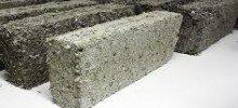 Crean ladrillos y paneles con basura