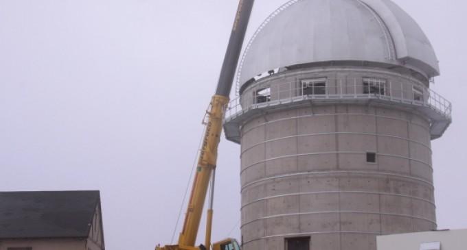 Instalada la cúpula del JST/T250