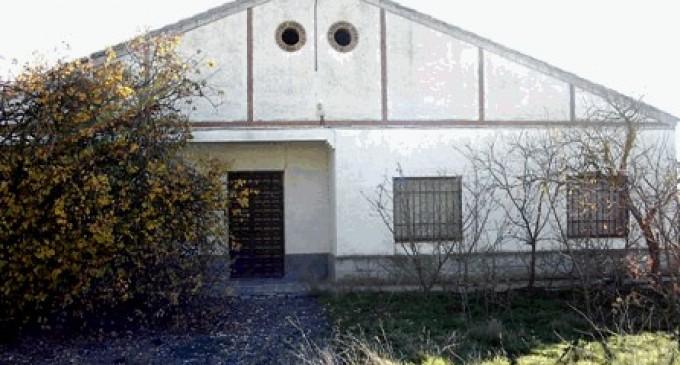 Adif saca a subasta pública 11 viviendas y 2 parcelas de su propiedad en Castilla-La Mancha