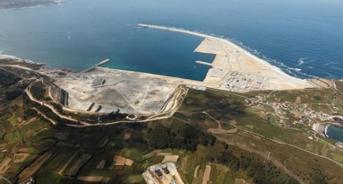 El Puerto Exterior Punta Langosteira es la mejor obra de ingeniería civil de Galicia
