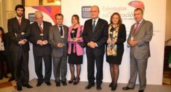 La directora de la Alhambra, premiada por la Asociación de Ejecutivos y directivos españoles