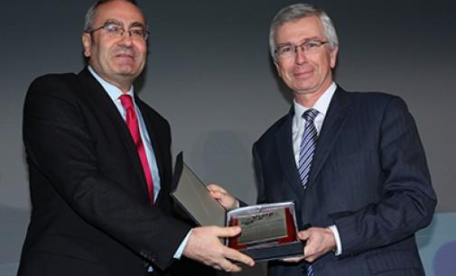 Sacyr gana el premio Vigía por la ampliación del Canal de Panamá
