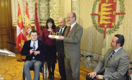 Valladolid recibe el premio CERMI 2013 de Accesibilidad Universal-Fundación Vodafone