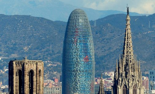 Merlin compra Torre Glòries, antigua sede de Agbar, por 142 millones de euros