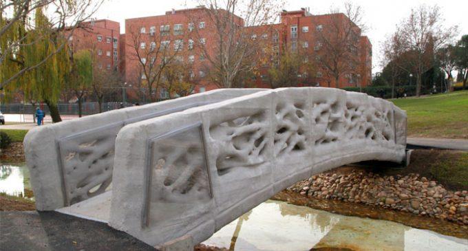 Primer puente peatonal impreso en 3D
