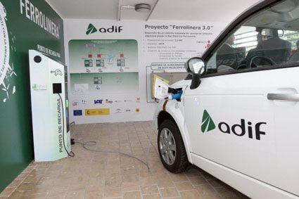 Adif recibe el Premio Europeo RSE por el proyecto Ferrolinera