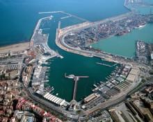 Cesión al Ayuntamiento de Valencia de los terrenos circundantes con la dársena interior del puerto