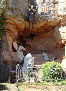 El Primer Misterio de Gloria, del Rosario Monumental de Montserrat, recupera  diseño original de Antoni Gaudí