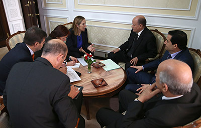 Fomento impulsa la participación de las empresas españolas en la construcción de 50.000 viviendas en Argelia
